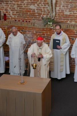 Consécration autel St-Etienne (30)